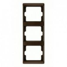 Рамка тройная, для вертикального монтажа